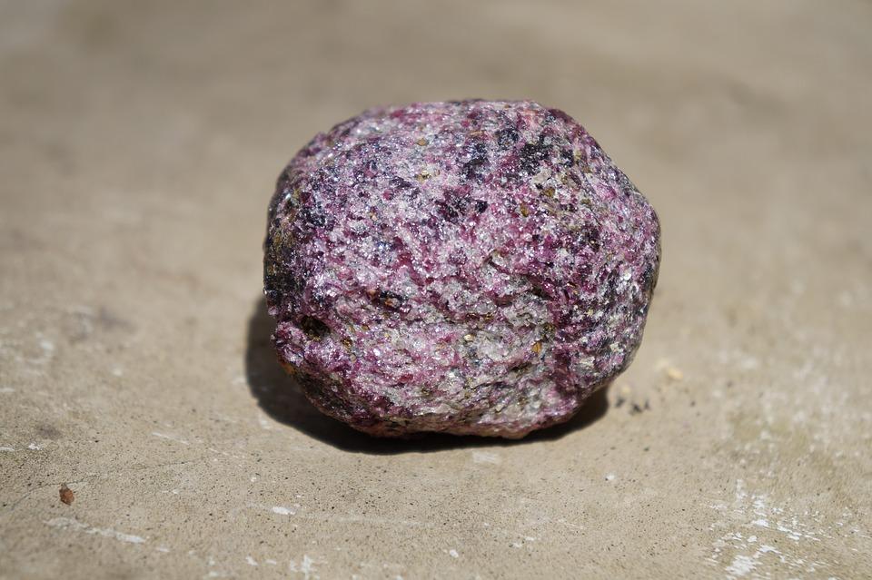 карбункул камень что это такое